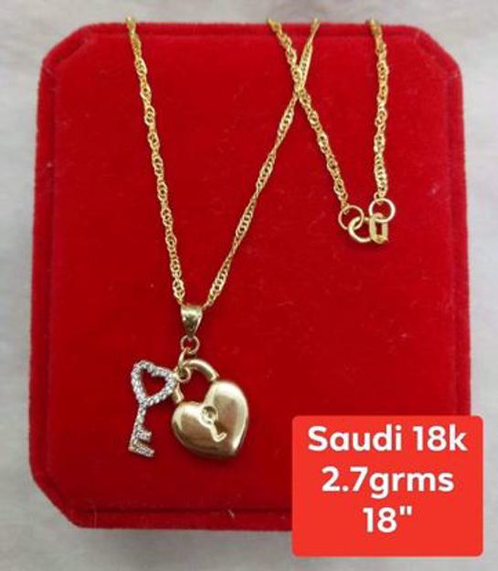 圖片 18K - Saudi Gold Jewelry, Necklace w/. Pendant 18K (Heartlock w/ Key) - 2.7g
