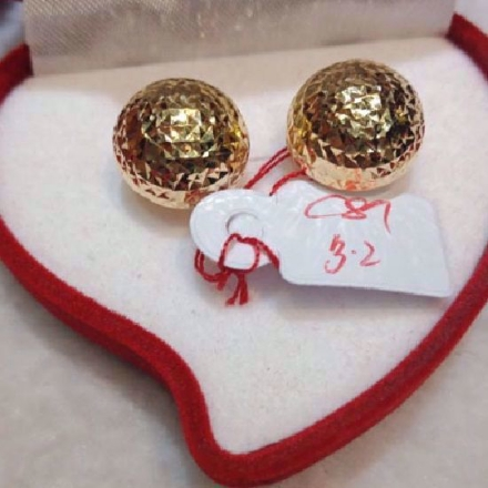 Picture of 18K - Saudi Gold Jewelry, Earrings - 3.2g