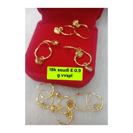 Picture of 18K - Saudi Gold Jewelry, Earrings 0.9g- SE0.9G