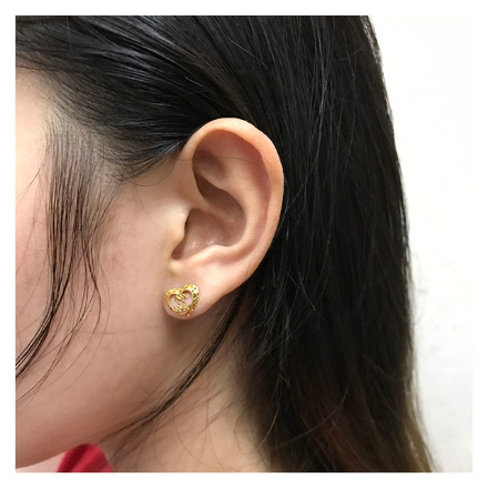 Picture of 18K -  Saudi Gold Jewelry Heart Channel Earrings
